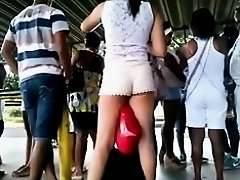 Very tall chick wears extremely tiny shorts in this voyeur street candid video and she looks quite available and fuckable in that way. Her legs are lo