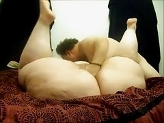 Eros & Music - SSBBW Spreading Masturbating And Squirting