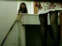 Horny japanese voyeur is filming a pissing amateur