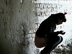 Girls Pissing voyeur video 259